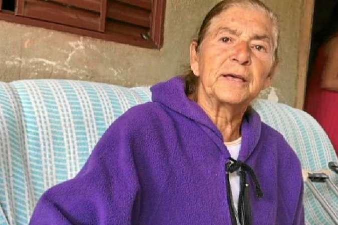 Maria Aparecida foi socorrida pelos vizinhos, no Sol Nascente antes de ser internada, em julho - (foto: TVBrasilia)