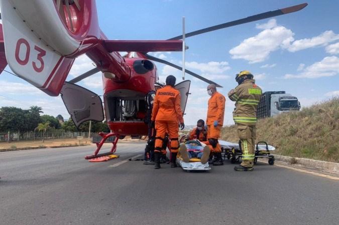 A vítima foi leva para o Hospital de Base após ser resgatada por helicóptero dos bombeiros -  (crédito: Divulgação/CBMDF)