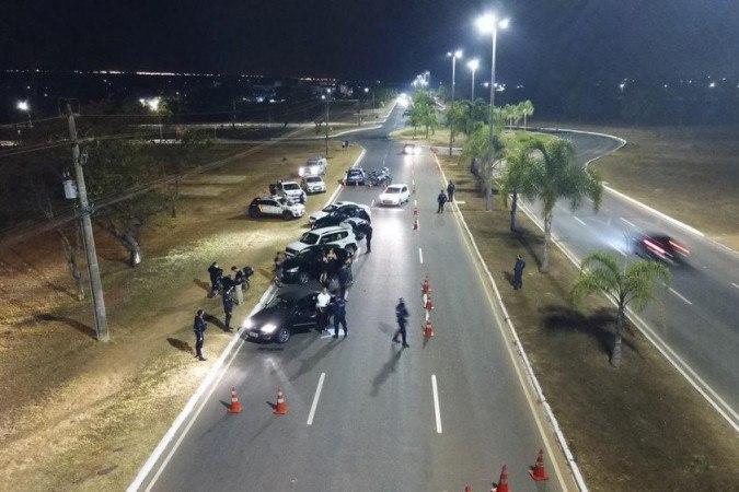 PM autua 12 motoristas por embriaguez ao volante na Vila Planalto - (crédito: Divulgação / PMDF)