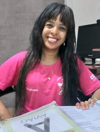 Maria Cristina da Silva de Jesus leciona na mesma turma para alunos com Transtornos Globais do Desenvolvimento no CEF 101 desde 2012