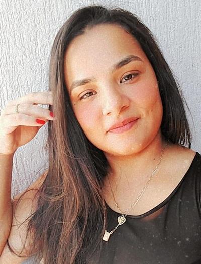 Iohara Hamine é mãe de um dos alunos beneficiados pelo projeto de leitura da professora Caroline