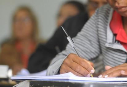 Texto do projeto de lei prevê que responsáveis pelo estudante demonstrem aptidão técnica para desenvolvimento das atividades -  (crédito: Minervino Junior/CB/D.A. Press)