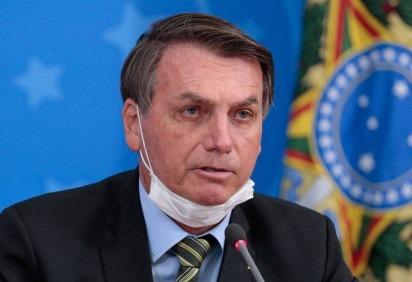 O presidente da Câmara, Rodrigo Maia, já recebeu mais de 60 pedidos de impeachment contra Jair Bolsonaro. Requisito de ex-alunos foi mais um entregue -  (crédito: Carolina Antunes/ Agência Brasil )