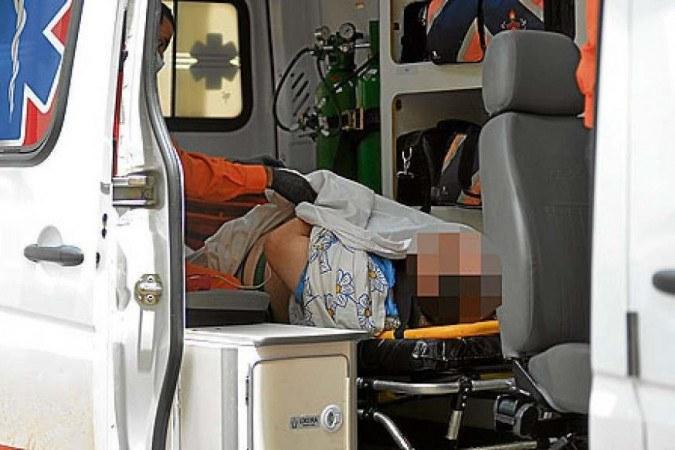 Preso em flagrante, homem de 39 anos foi levado ao Hospital Regional de Taguatinga (HRT) -  (crédito: Ed Alves/CB/D.A Press)