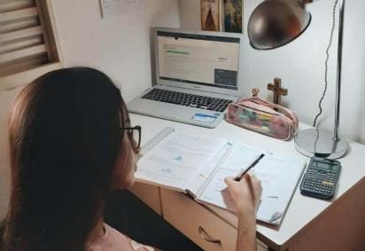 A candidata Camila Orsi continua estudando e revisando conteúdos da 3ª etapa do PAS para não perder o ritmo -  (crédito: Arquivo Pessoal)