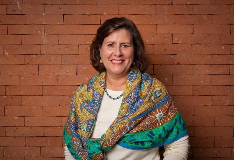 Angela Dannemann, superintendente do Itaú Social, reforça que a educação garante o acesso aos demais direitos