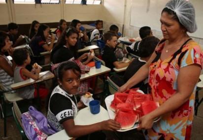Crianças e bebês estavam sem receber auxílio desde o começo do ano  -  (crédito: Oswaldo Reis/ Esp. CB/ D.A Press)