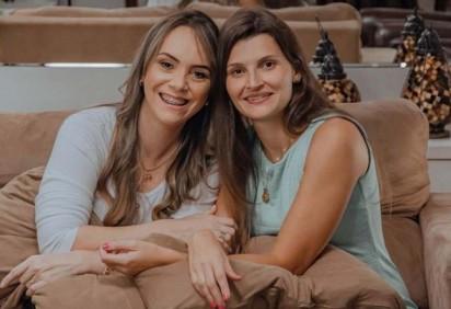 Ana Paula Ferraz e Mariana Gabrijelcic decidiram mudar o mercado de trabalho para mães e fundaram a MamaJobs -  (crédito: Arquivo Pessoal)