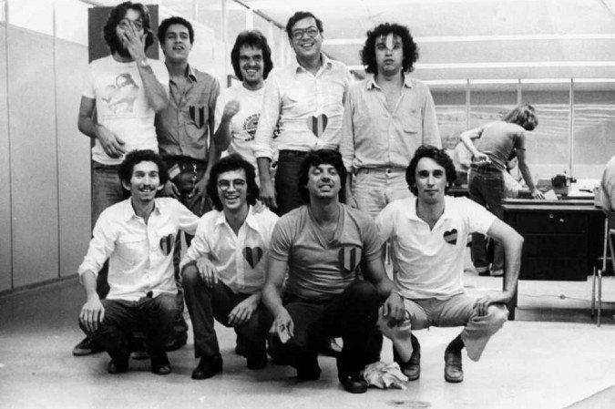 Obituário do jornalista Ribamar Oliveira. Na foto, com a equipe do Jornal de Brasília, no início dos anos 1980