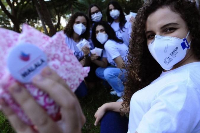 Integrantes do coletivo feminista Girl Up Malala se engajaram na luta em busca de dignidade menstrual para quem não tem acesso a absorventes