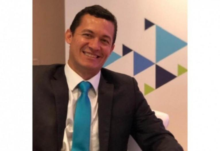 Carlos defende o ensino remoto e acredita que o PL é essencial para acabar com as interpretações equivocadas sobre a modalidade