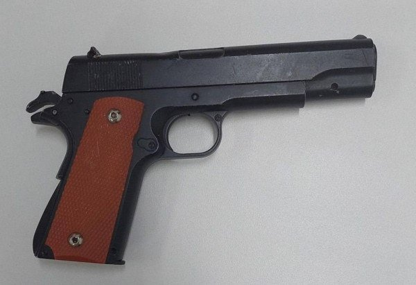 Simulacro de arma de fogo apreendido pela PCDF