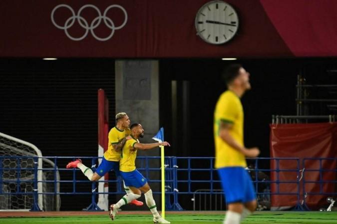 Matheus Cunha abriu o placar para o Brasil no primeiro tempo na decisão em Yokohama