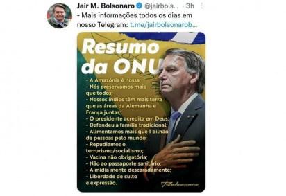 Internautas comentaram imagem compartilhada pelo presidente Jair Bolsonaro em que ele parece ter seis dedos -  (crédito: Jair Bolsonaro/Twitter/Reprodução)