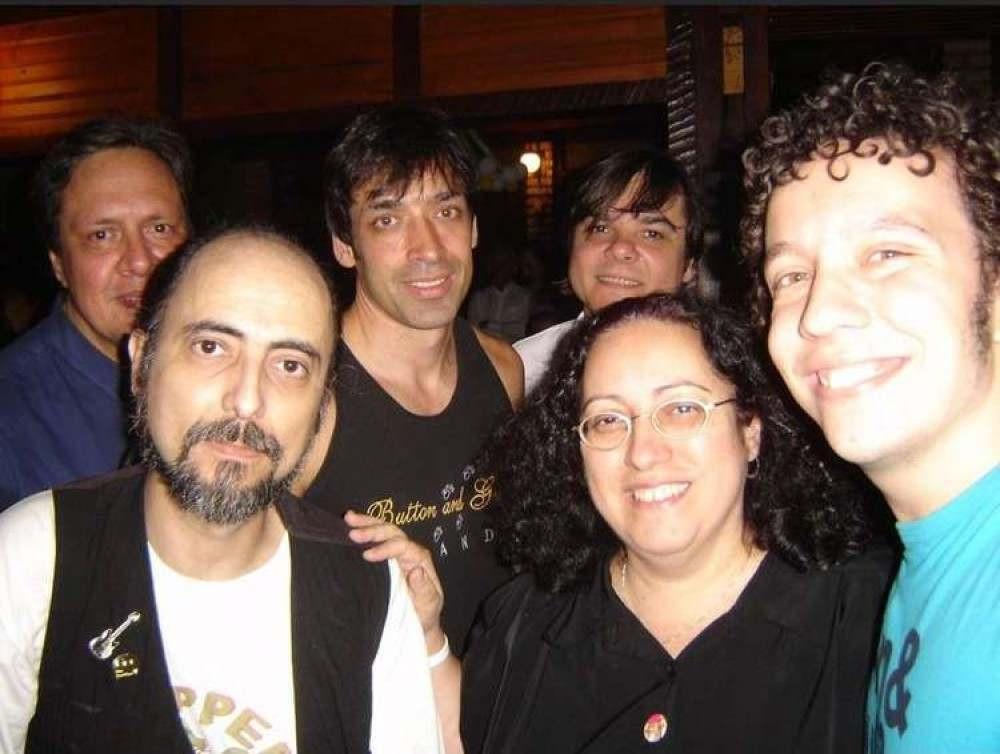 Bravo esteve em BH algumas vezes, e participou da BH Beatle Week, junto com bandas como os mineiros da Sgt. Pepper