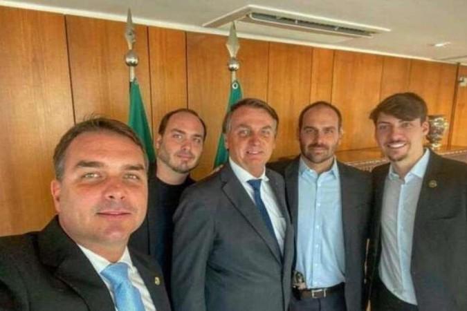 Família Bolsonaro será tema de documentário da BBC -  (crédito:  Reprodução/Redes sociais)