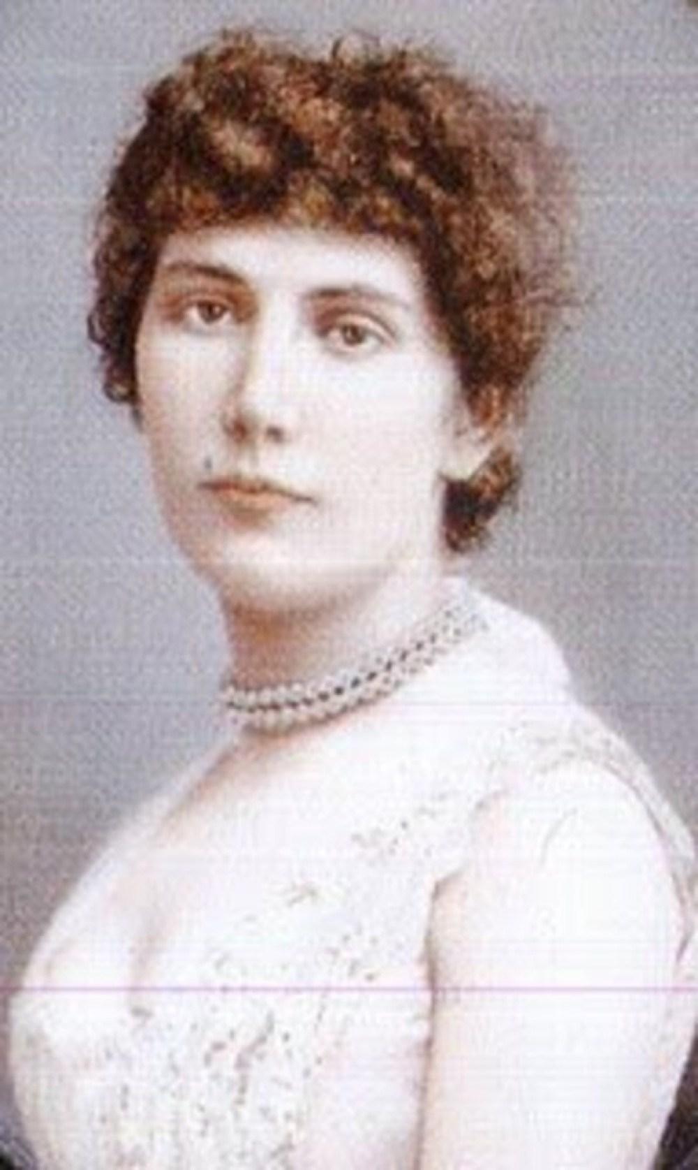 Maria Augusta, a jovem que deu origem a lenda da loira do banheiro