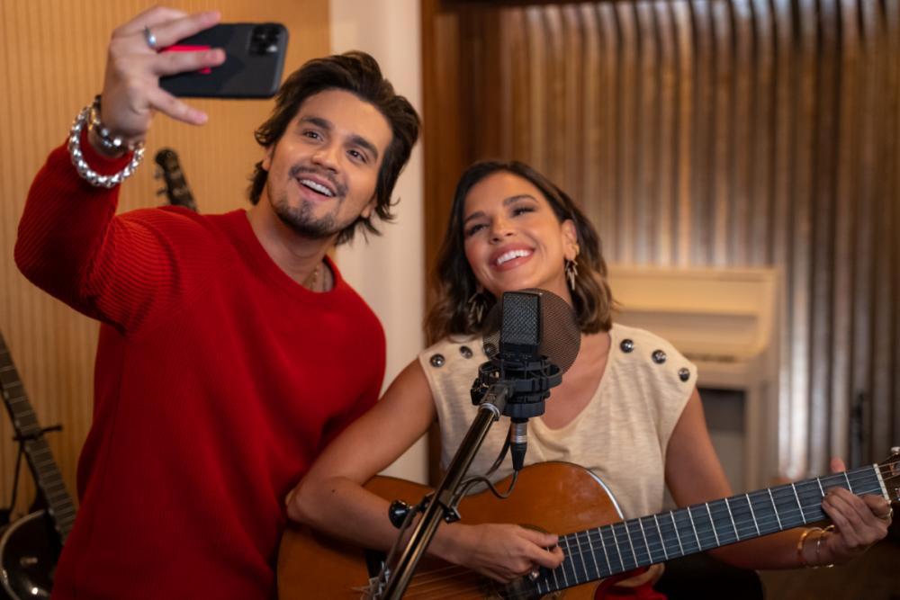 Luan Santana e Mariana Rios estreiam 2ª edição de 'O próximo Nº1 VillaMix'