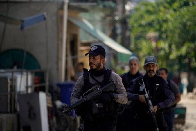 Jacarezinho: 'Em nenhum lugar do mundo ação policial com 25 mortos seria aceita', diz cientista político