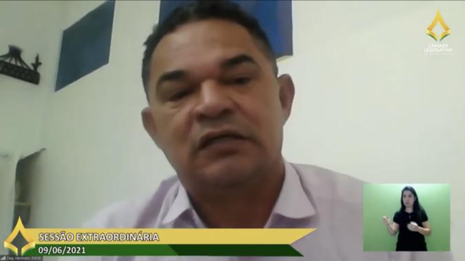 Deputado Distrital Hermeto (MDB) em Sessão Extraordinária CLDF / YouTube TV Web CLDF